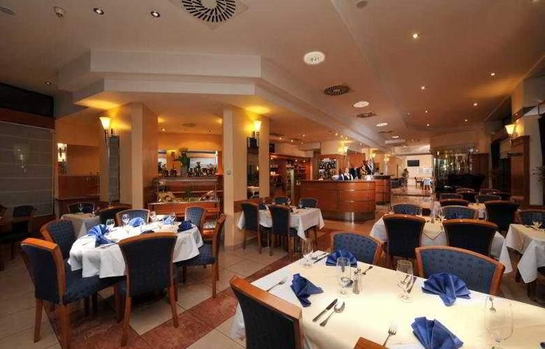 Astoria Hotel - Restaurant - 3