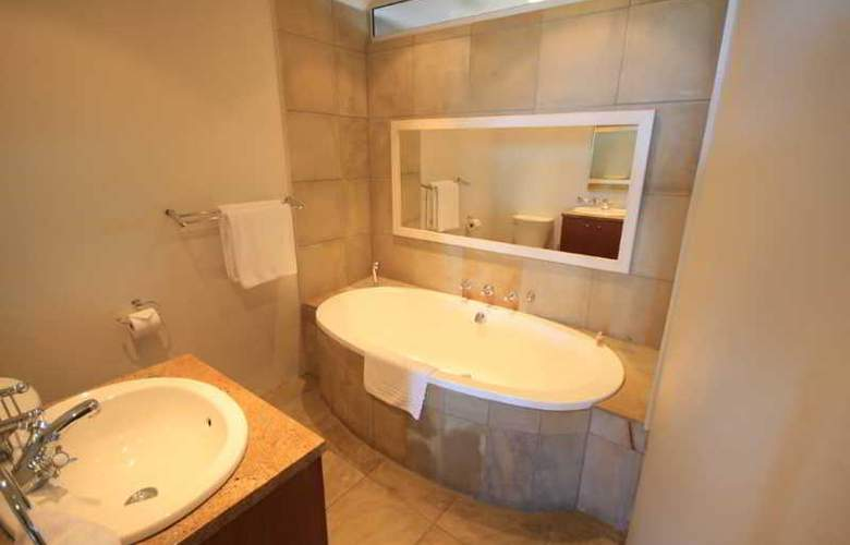 Mouille Point Village - Room - 16