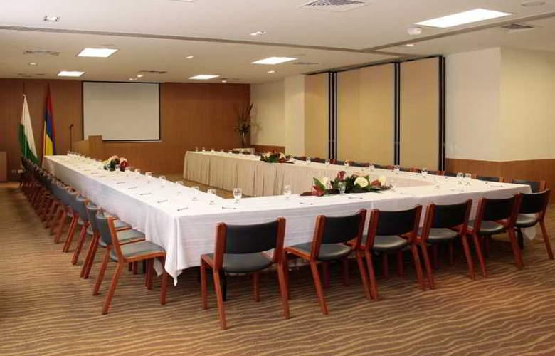 Poblado Plaza - Conference - 18