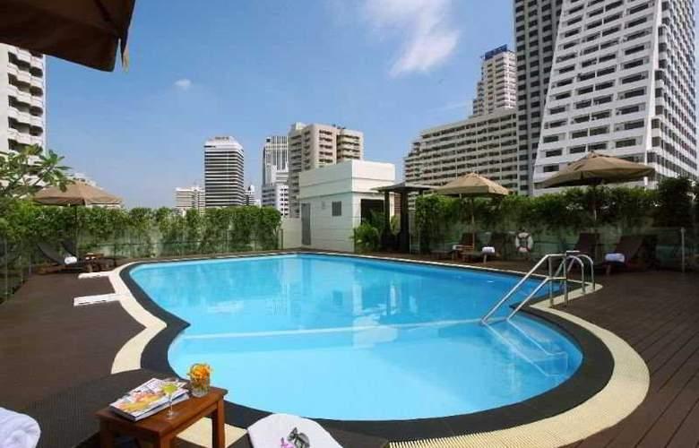 Amari Residence Sukhumvit - Pool - 6