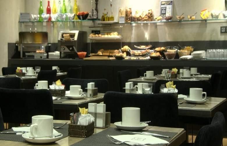 Zenit Abeba - Restaurant - 35