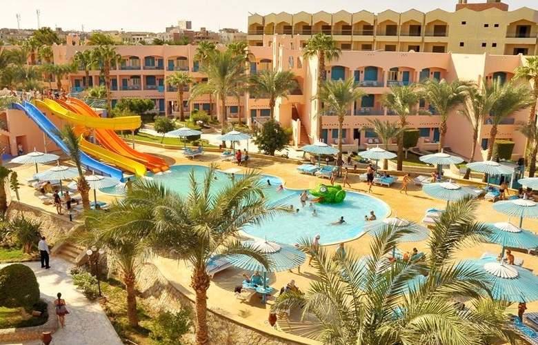 Le Pacha Resort - Hotel - 0