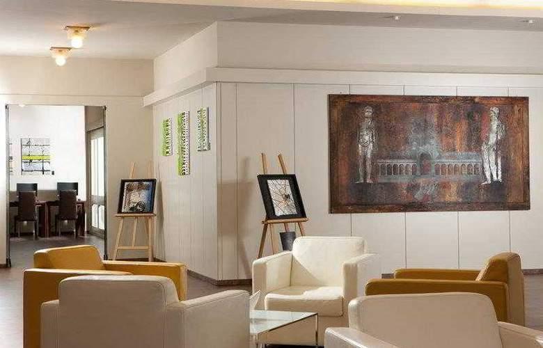 Best Western Continental - Hotel - 13