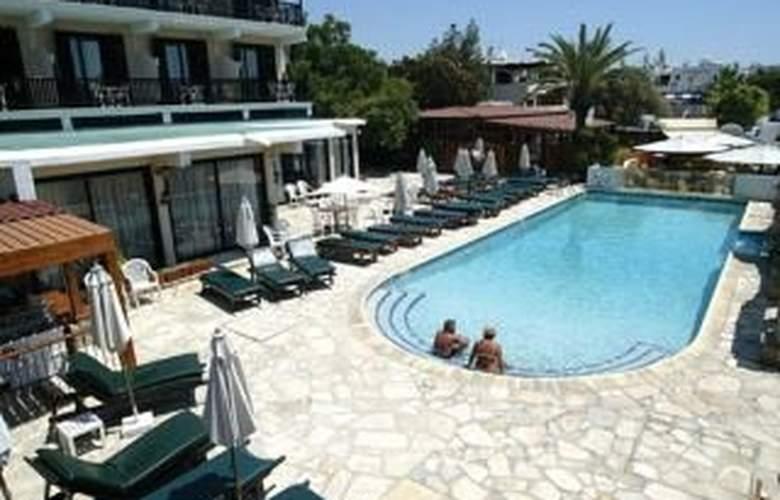 Dionysos Central Hotel - Pool - 3