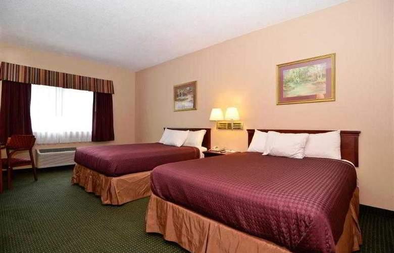 Best Western Woodstone - Hotel - 17