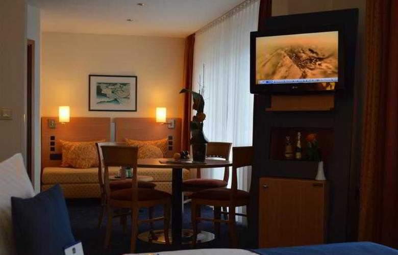 Best Western Plaza - Hotel - 32