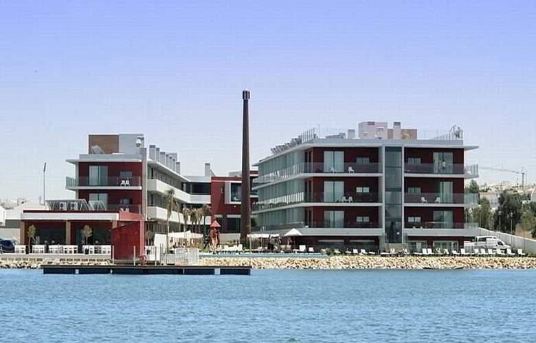Agua Hotels Riverside - Beach - 3