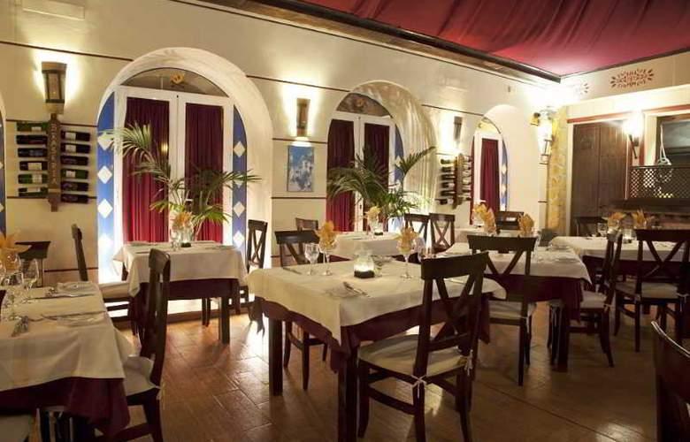 Los Arcos - Restaurant - 30