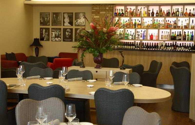 Great Hallingbury Manor - Restaurant - 5