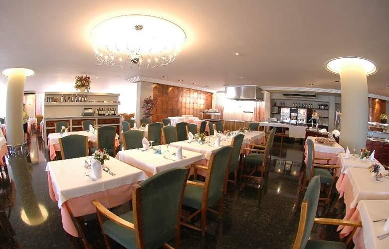 Arenal - Restaurant - 5