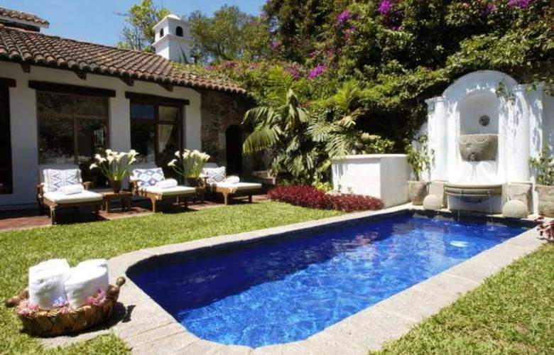Hotel Casa Encantada - Pool - 5