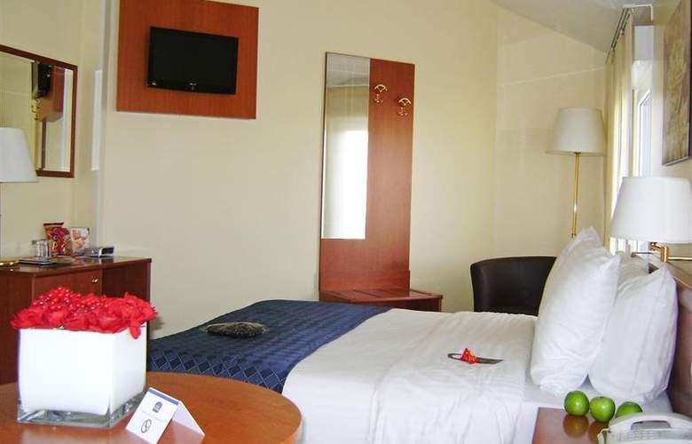 Best Western Plus Grand Hotel Victor Hugo - Room - 2