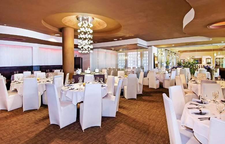 El Conquistador - Waldorf Astoria Resort - Restaurant - 30