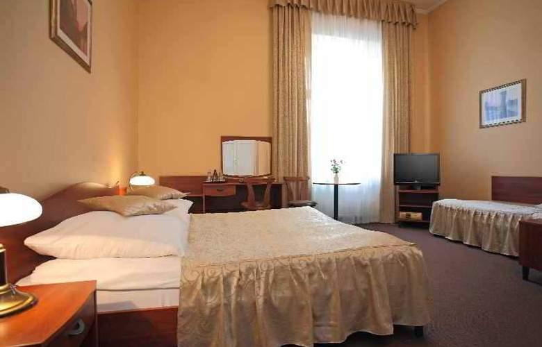 Fortuna Hotel - Hotel - 0