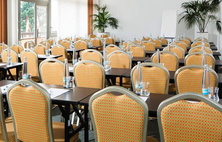Orea Resort Santon - Conference - 15