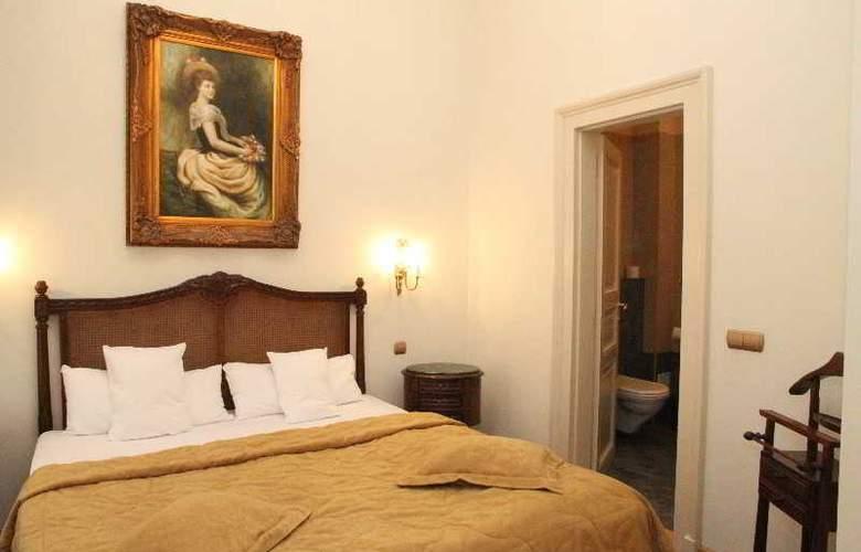 St George Residence - Room - 11