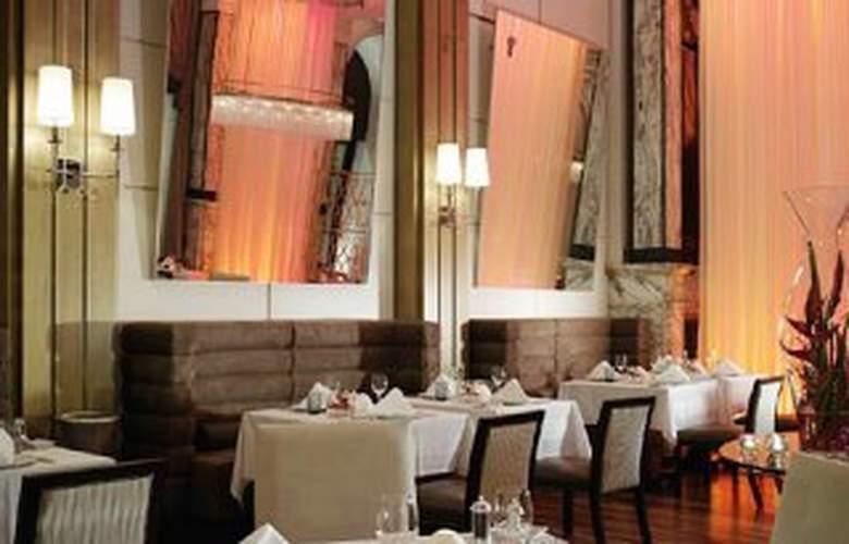 The Regent Esplanade - Restaurant - 8
