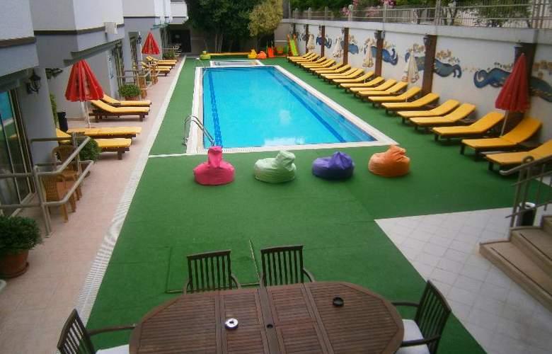 Nar Kemer - Pool - 12