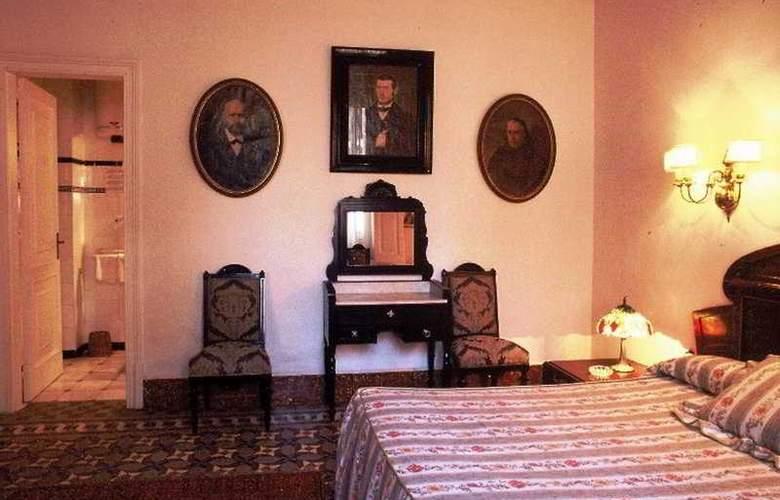 Medieum Renaixença - Room - 3