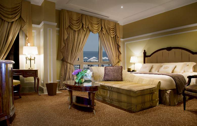 The Regency Kuwait - Room - 10
