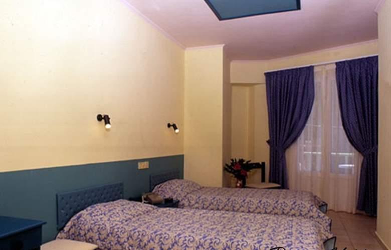 Ilios - Room - 2