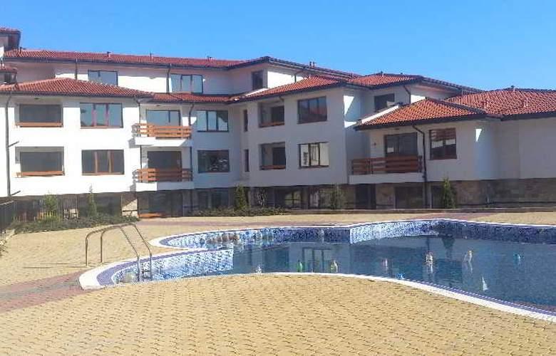 Festa Gardenia Hills - Pool - 2