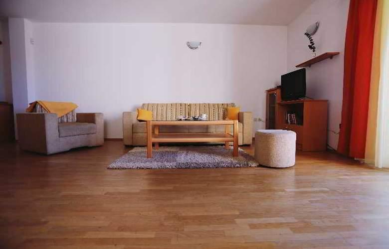 Pervanovo Apartments - Room - 43