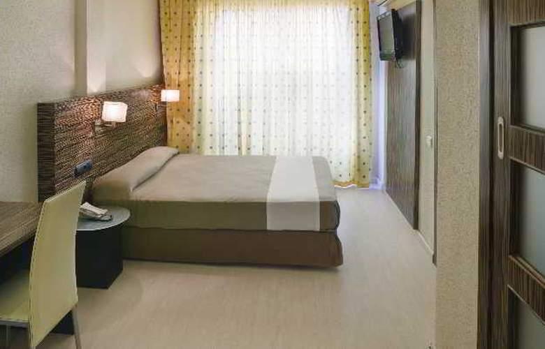 Eurosalou - Room - 13