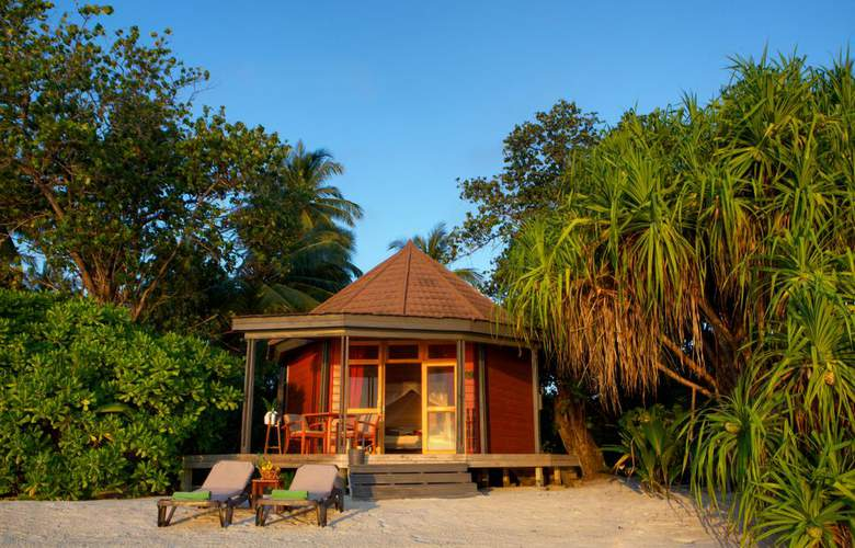 Komandoo Maldive Island Resort - Spa - 5