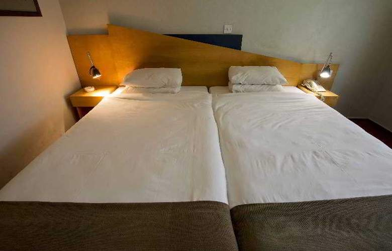Express by Holiday Inn Beitbridge - Room - 10