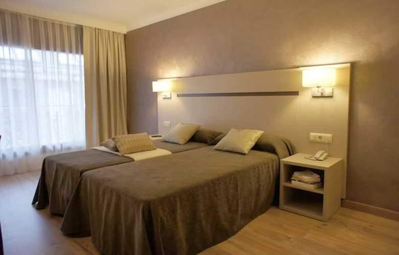 Cosmos Hotel - Room - 11