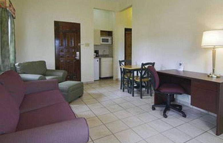 Howard Johnson Downtown Mayaguez - Room - 4