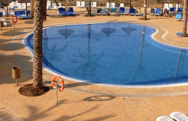 Holiday World Resort - Pool - 29