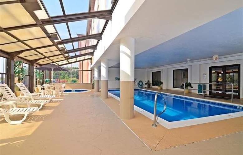Best Western Joliet Inn & Suites - Pool - 144
