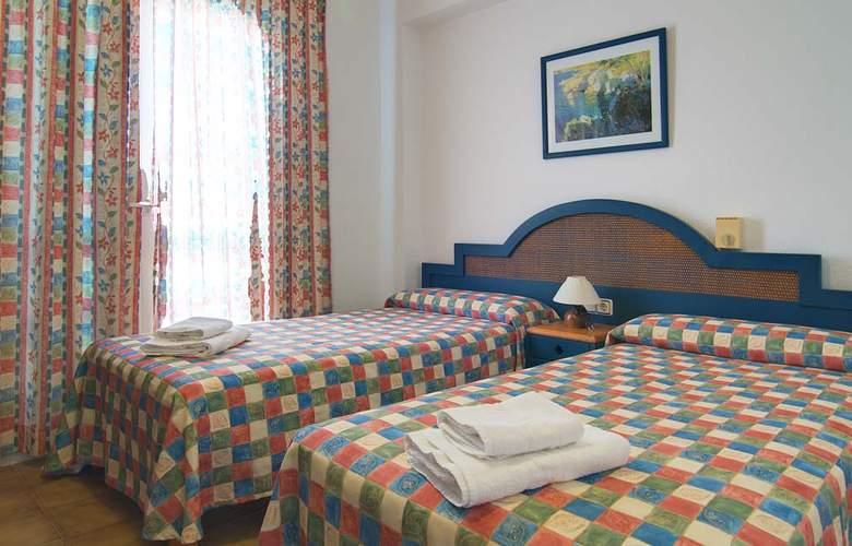Apartamentos Pou Des Pujols - Room - 1