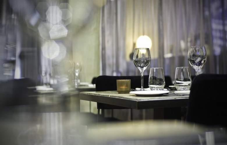 Zenit San Sebastián - Restaurant - 14
