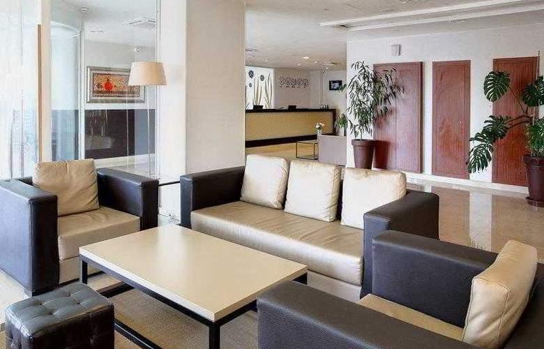 Best Western Plus Liberte Hotel - Hotel - 7