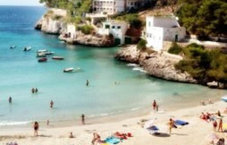 Pinos Playa Apts. - Beach - 0