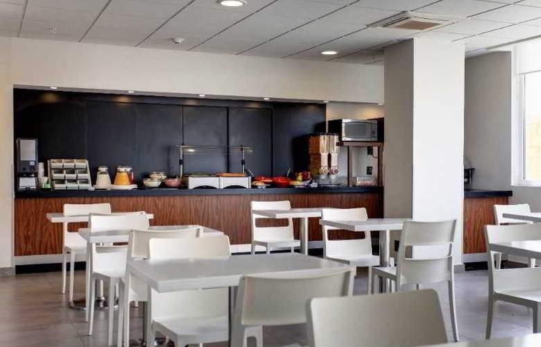City Express Central de Abastos - Restaurant - 3