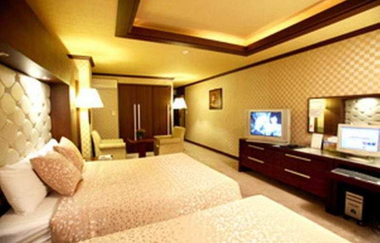 Zeumes Tourist Hotel - Room - 0
