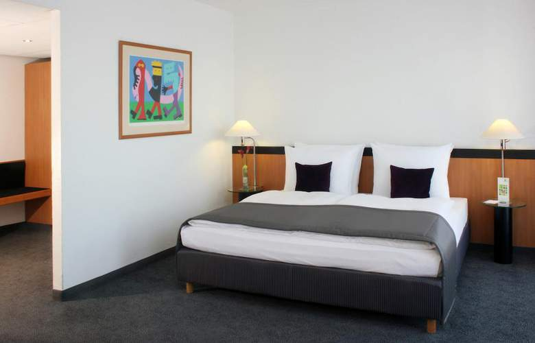 Holiday Inn Berlin City Center East Prenzlauer Allee - Room - 6