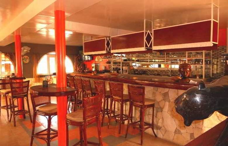 Les Flamboyants Saly - Bar - 11