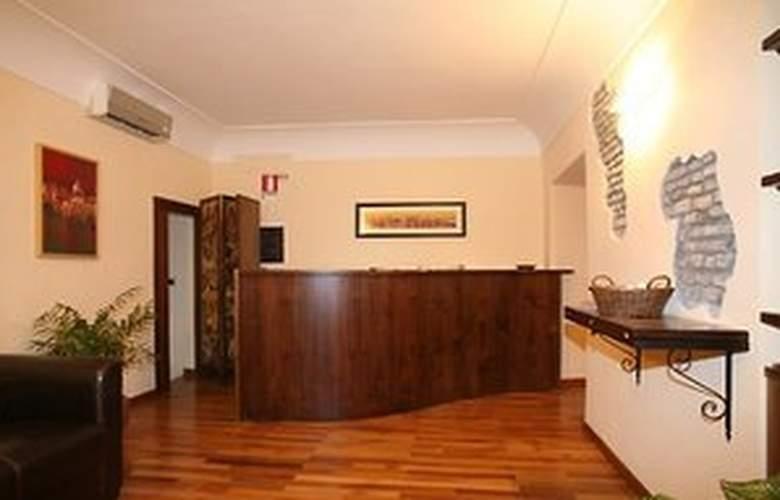 Residenza Domizia - Hotel - 0