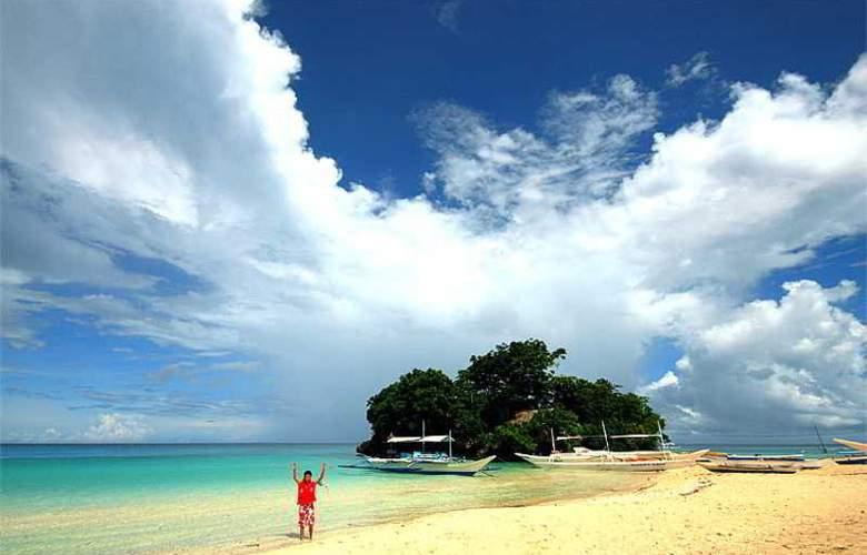 Patio Pacific Boracay - Beach - 15