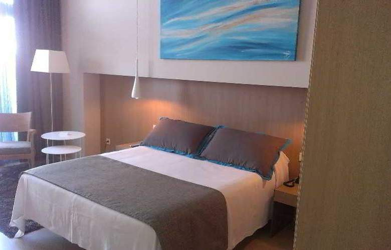 Atenea Port Barcelona Mataro - Room - 7