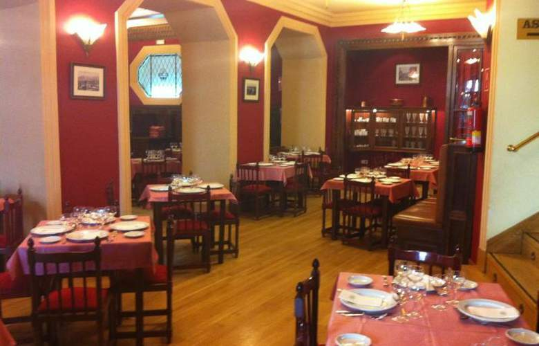 Miranda and Suizo - Restaurant - 12