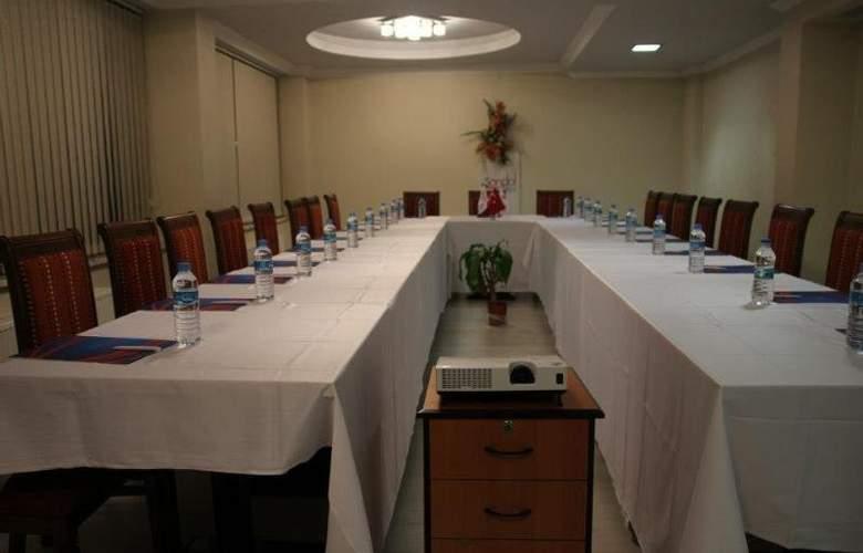 SANDAL HOTEL - Conference - 4