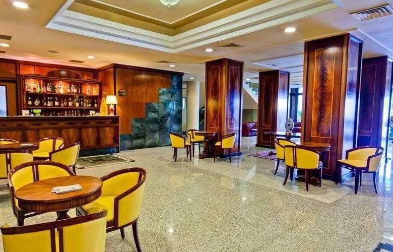 BEST WESTERN Hotel Ferrari - Hotel - 11