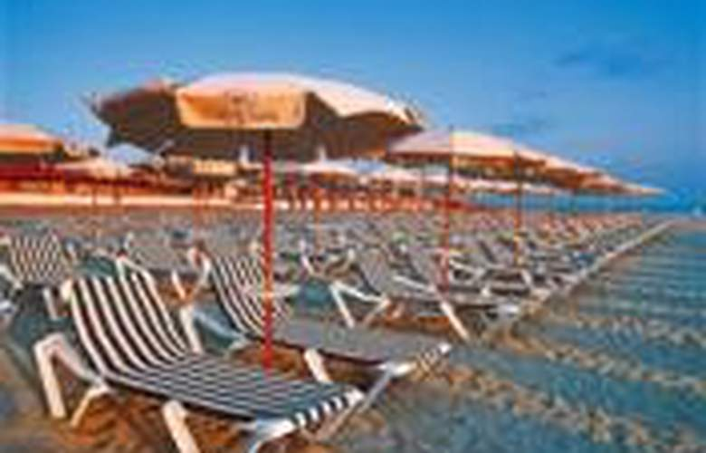Trevi Village Resort(RDC) - Beach - 3