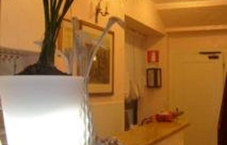 Mac Mahon - Hotel - 0